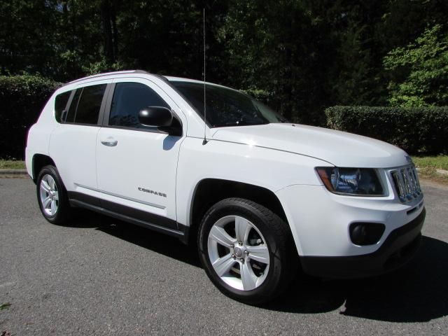 Pre-Owned 2016 Jeep Compass FWD 4dr Sport
