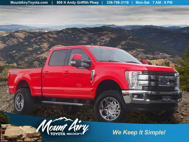 Pre-Owned 2019 Ford Super Duty F-250 SRW LARIAT 4WD Crew Cab 6.75' Box