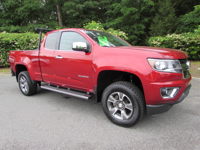 Pre-Owned 2015 Chevrolet Colorado 4WD Ext Cab 128.3 LT