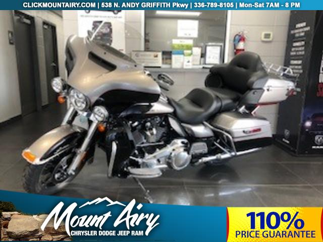 Pre-Owned 2017 Harley Davidson Ultra Limited