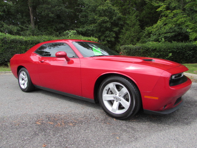 Pre-Owned 2016 Dodge Challenger 2dr Cpe R/T Plus