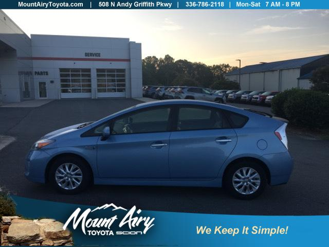 Pre-Owned 2012 Toyota Prius Plug-In 5dr HB Advanced